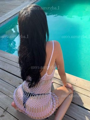 Tsilla massage tantrique escorte girl